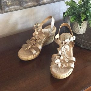 b.o.c (from Born) Leather Wedge Sandals ~Worn Once